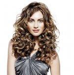 Dbamy o idealną fryzurę. Najlepsze preparaty do pielęgnacji i utrwalenia włosów.