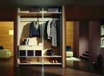 Pragniesz, by w twojej garderobie panował idealny porządek? Kup specjalne pojemniki w sklepie z akcesoriami meblarskimi