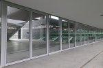 W fabrykacji szklanych drzwi i pozostałych modułów znaczące są wszystkie części