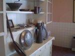 Jak zaaranżować małą kuchnie? Czy istnieje na to najbardziej właściwy sposób? Czy normalne meble będą pasować?
