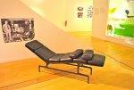 Zaaranżowanie salonu w stylu lat 60-tych