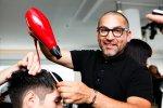 Jaki powinien być doświadczony fryzjer? Jakie cechy dobrze by było żeby posiadał? Co jest najbardziej istotne?
