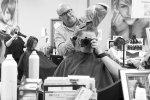 Już teraz zmień swój wygląd, dzięki nowiutkiej fryzurze, którą wyczaruje dla Ciebie wykwalifikowany stylista z Poznania