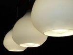 Oświetlenie w wystroju wnętrz – w jaki sposób je wykorzystać i na co zwracać atencję?