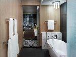 Urządzanie łazienki we Wrocławiu – praca, którą można zrobić dzięki ogromnej ilości sklepów z meblami łazienkowymi.