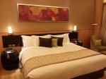 W jaki sposób powinniśmy zaaranżować sypialnię, żeby była bardzo komfortowa? Które elementy są bardzo ważne?