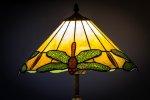 Rola dobrego oświetlenia podczas codziennych zajęć czyli jak najlepiej wybrać lampy do swojego biura albo domu.