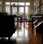 Meble i akcesoria niezbędne w salonie