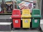 Już w tej chwili zainteresuj się wywozem segregowanych odpadów! Powinieneś mieć gwarancję, iż płyną z tego same zyski