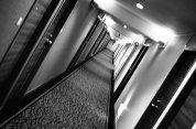 Artykuły wyposażenia wnętrz są doskonałym sposobem, by upiększyć swoje mieszkanie oraz nadać mu wyjątkowy charakter