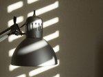 Oświetlenie w mieszkaniu – dlaczego wart się o nie zatroszczyć oraz jakie produkty wybierać?