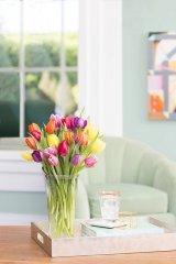 Poszukujesz prezentu na parapetówę? Najprawdopodobniej luksusowy wazon lub wykwintna patera będzie najlepszym wyborem