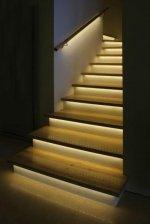 Jak w funkcjonalny i ciekawy sposób zaprojektować układ oświetleniowy w swoim domu czy mieszkaniu.